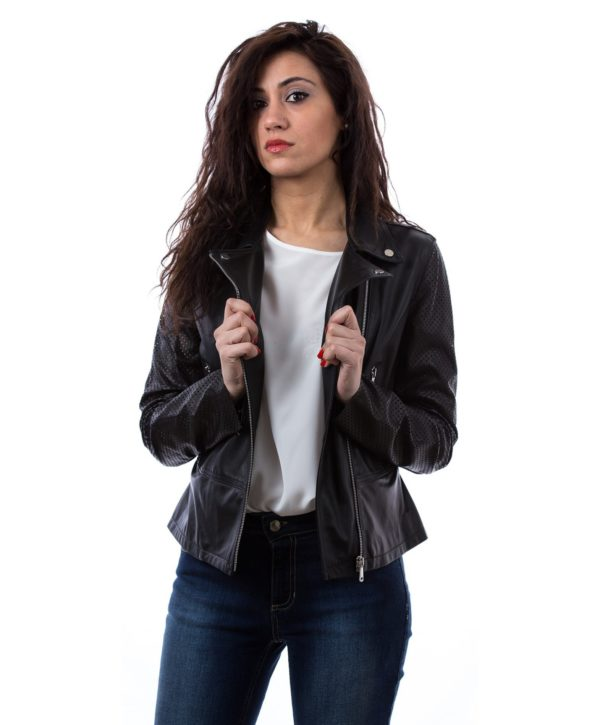 giacca-in-pelle-biker-chiodo-cerniera-trasversal (1)