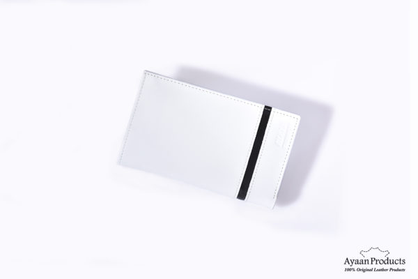 white-large-DSC_20261